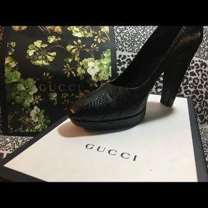 GUCCI Brown Heels~sz9 w/Storage Bag